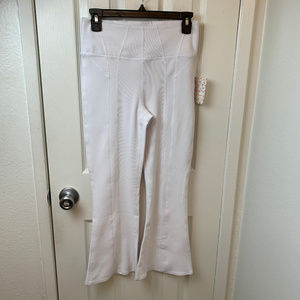 NWT Free People Movement White Pants. S